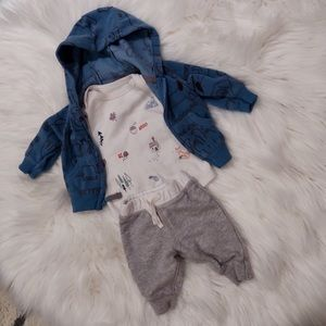 Baby Boy Newborn Outfit with Sweater